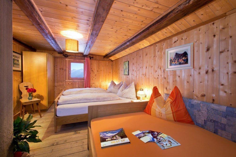 Gästezimmer auf dem Oberpursteinhof – die gemütliche Unterkunft in Sand in Taufers